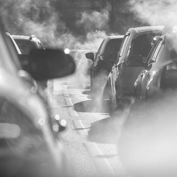 Prioridade Absoluta pede maior restrição da poluição gerada por veículos